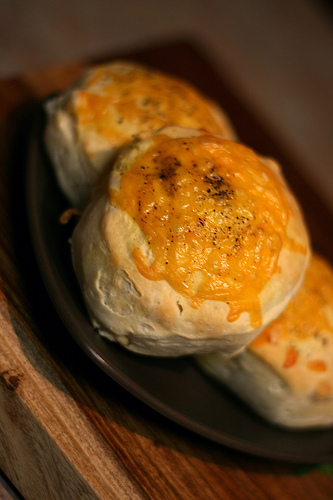 cheddar_biscuits