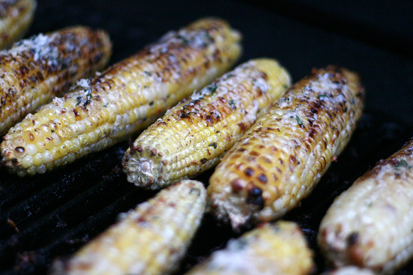 Corn on the Cob with Basil-Parmesan Butter – The Culinary Couple